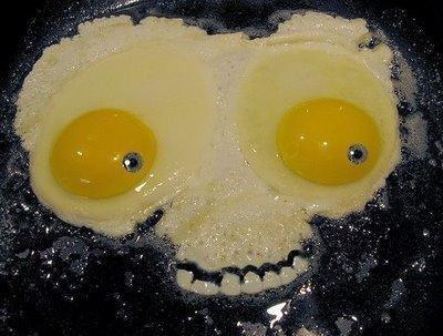 яичница-череп